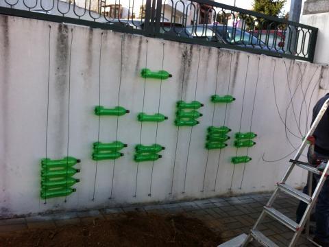 Montagem da estrutura da horta.