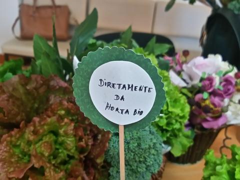 Minimercadinho: os produtos da horta foram disponibilizados à comunidade educativa para angariar verbas para adquirir novas sementes/plantas para a horta